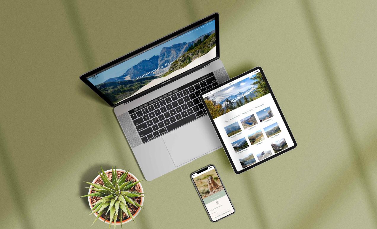 Le mockup du site internet de Randonnée Passion version mobile, tablette et ordinateur.